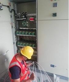胶州某企业新增配电室施工中